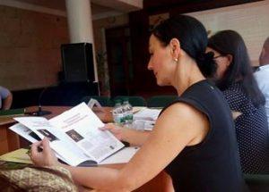 """Куратор від Інституту Громадянського Суспільства пані Наталя Рохова. Видання """"Вечірні новини"""" - у тренді на засіданні робочої групи по розробці Стратегі."""